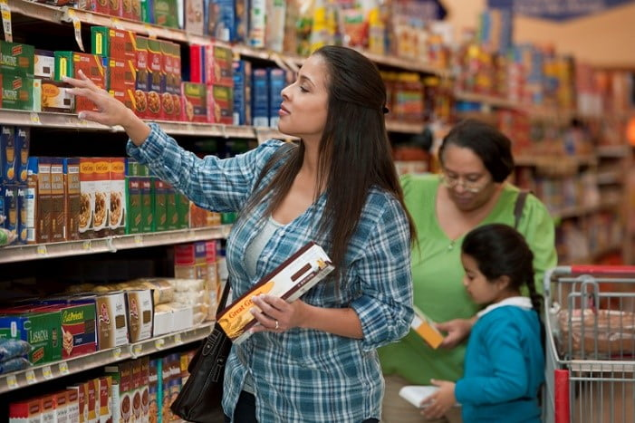 woman pasta shopping